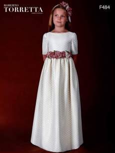 Marla comuniones 2016 por Roberto Torretta vestidos