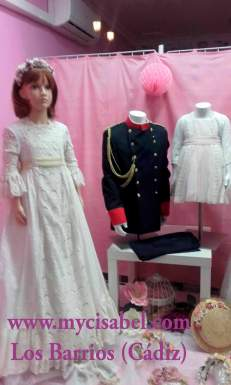 Escaparate Trajes - vestidos comunion 2018 - Azul de Colibri, Marita Rial, Timoneles y CoraIMG_4780