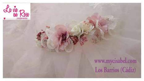 Tocados vestidos de comunion La vie en Rose 201822008135_2121693778058004_5504003536965721411_n